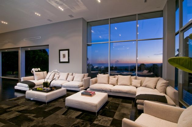 The Home Is Currently Being Offered For Sale Through Mauricio Umansky U2013  Here.