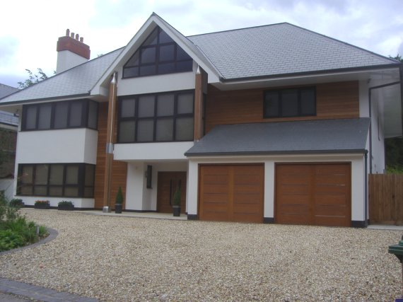 New house in borehamwood hertfordshire england for Modern new england home plans