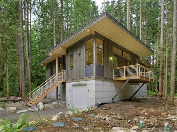 Method Homes Completes Its First Prefab Cabin | Contemporist