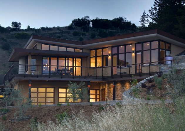 The mill valley residence by mcglashan architecture for Mill valley architects