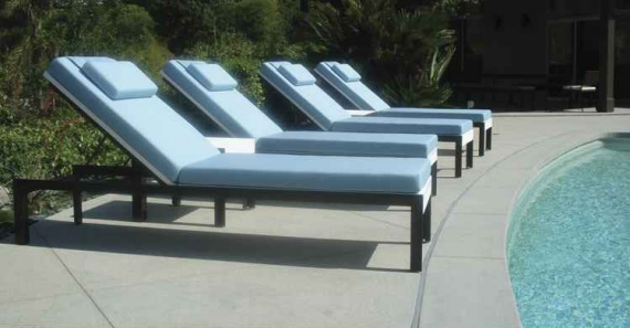 Etra Adjustable Chaise