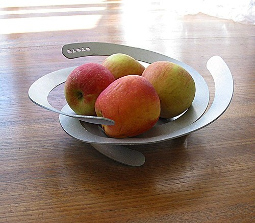 fruit bowl. Poing and Lama Ma Fruit Bowls