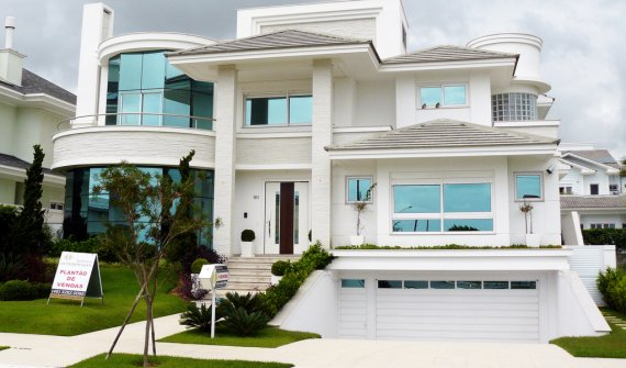 Awesome Contemporary House