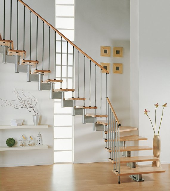 Modula Staircase from Systema