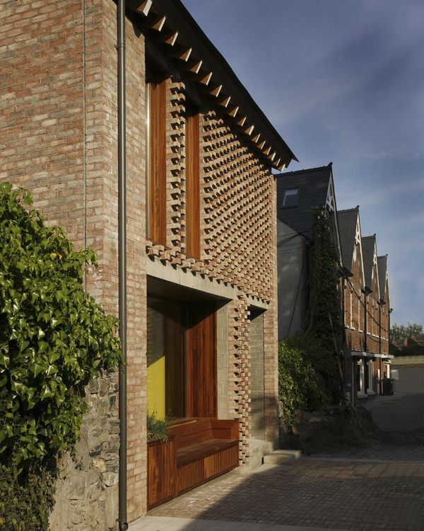 Small Spaces Architects Dublin Ireland Houses: Mews House By TAKA Architects