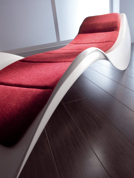The cosmo chaise longue by andreu berenguer contemporist for Chaise longue sofa cama