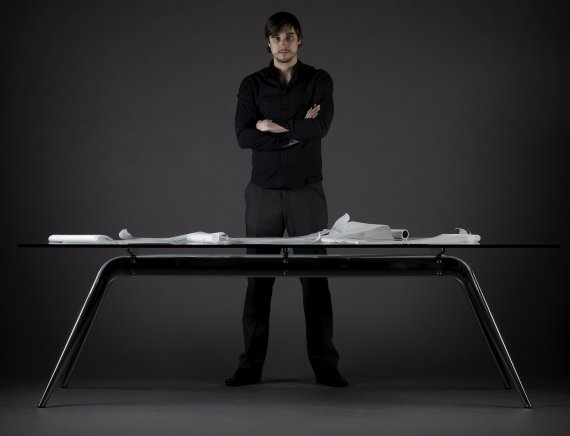 T No.1 Table