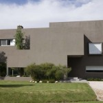 The RM House by Andrés Remy Architects
