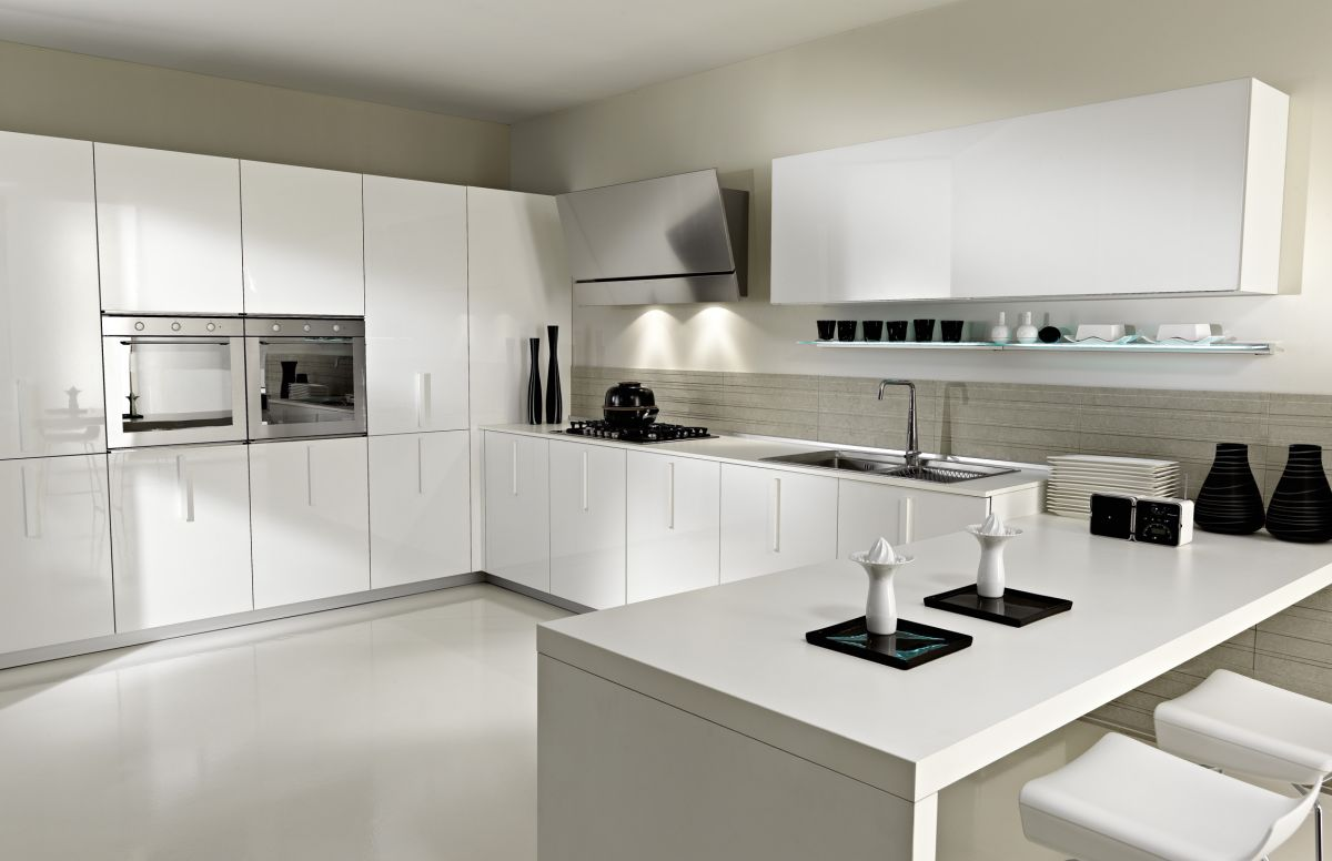Modern luxury kitchen interior design idea in white