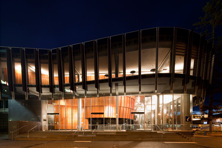 The Glasshouse: Arts, Conference and Entertainment Centre