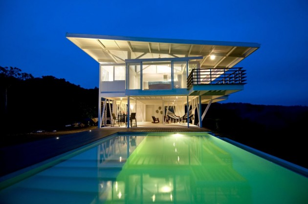 ... Rica. . The ISEAMI House By Robles Architects