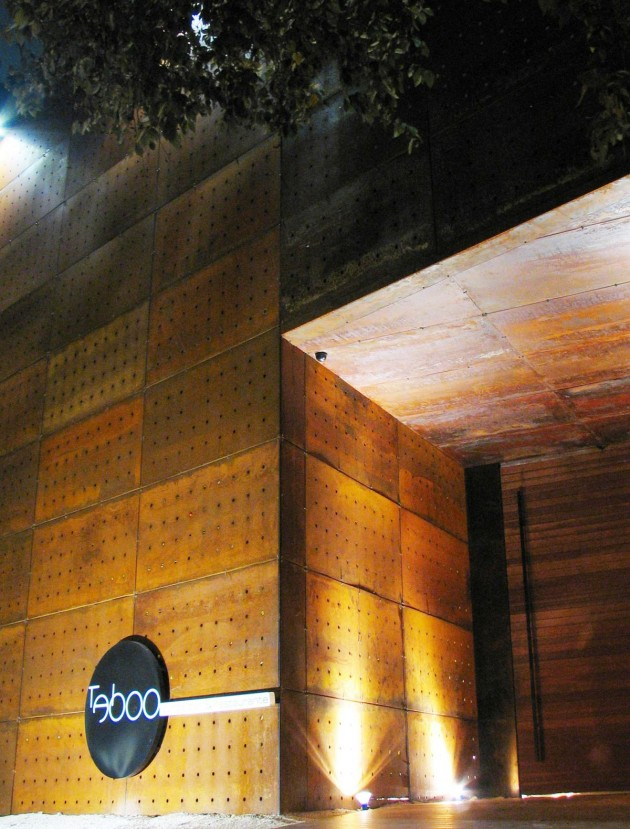 Exceptional Brazillian Architect Guilherme Torres Has Sent Us Photos Of The Taboo Lounge,  Bar And Restaurant In Curitiba, Brazil That He Designed. Pictures Gallery