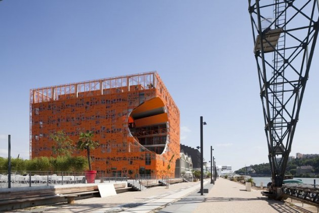 The orange cube by jakob macfarlane architects for Architecture lyon
