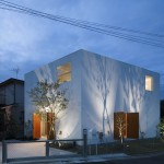 Inside Out House by Takeshi Hosaka Architects