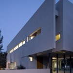Aharoni House by STAV