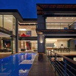 House Lam by Nico van der Meulen Architects