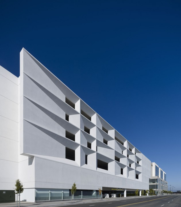 Separate Garage Block Possibly With Studio Accommodation: Mission Bay Block 27 Parking Structure By WRNS Studio