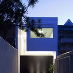 4×30 House by CR2 Architecture + FGMF Architects