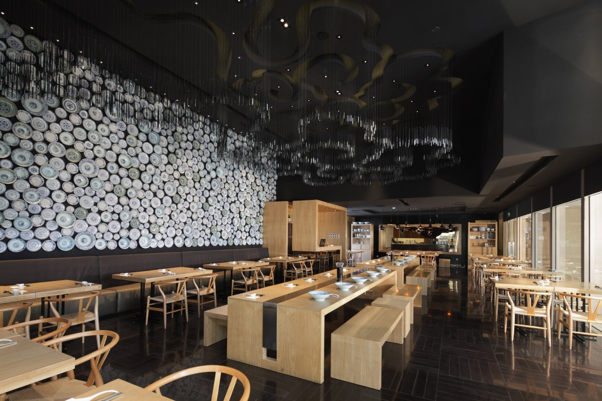 Taiwan Noodle House By Golucci International Design