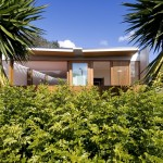 Curl Curl Beach House by CplusC Architects