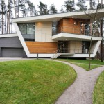 House in Gorky-6 by Atrium Architects