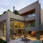 Residence in Kifisia by N. Koukourakis & Associates