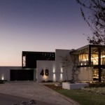 Ber House by Nico van der Meulen Architects