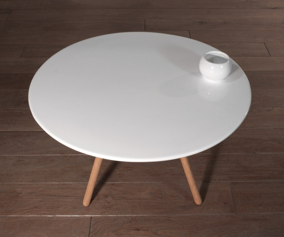 dot-porcelain-table-1