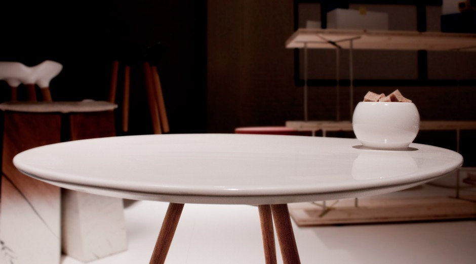 dot-porcelain-table-8
