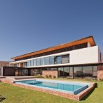 CC House by Parque Humano