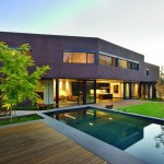 Elizabeth Street Residence by Jackson Clements Burrows
