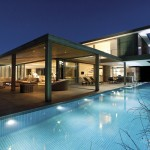 Plett 6541+2 House by SAOTA