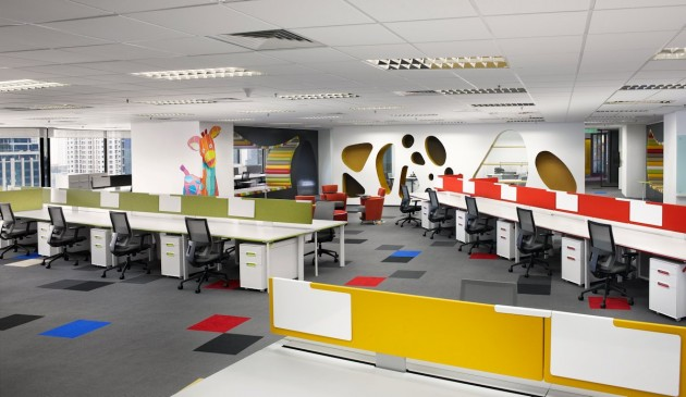 Sherwin-Williams Office by M Moser Associates
