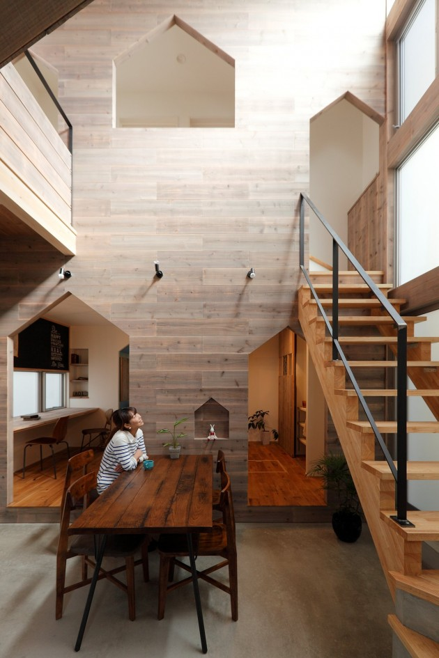 Hazukashi House by Alts Design Office