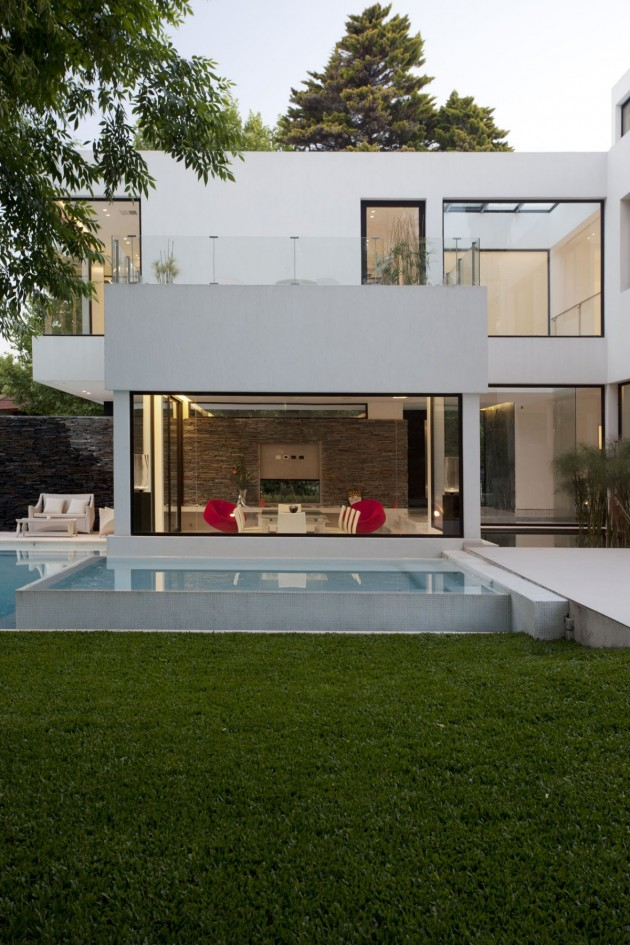 Architect andres remy arquitectos