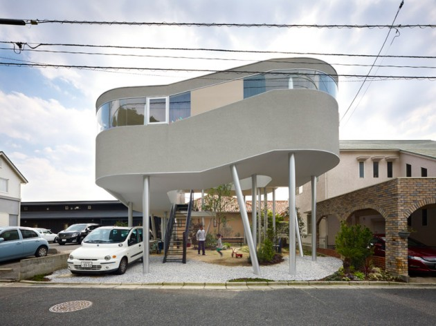 The Toda House by Kimihiko Okada