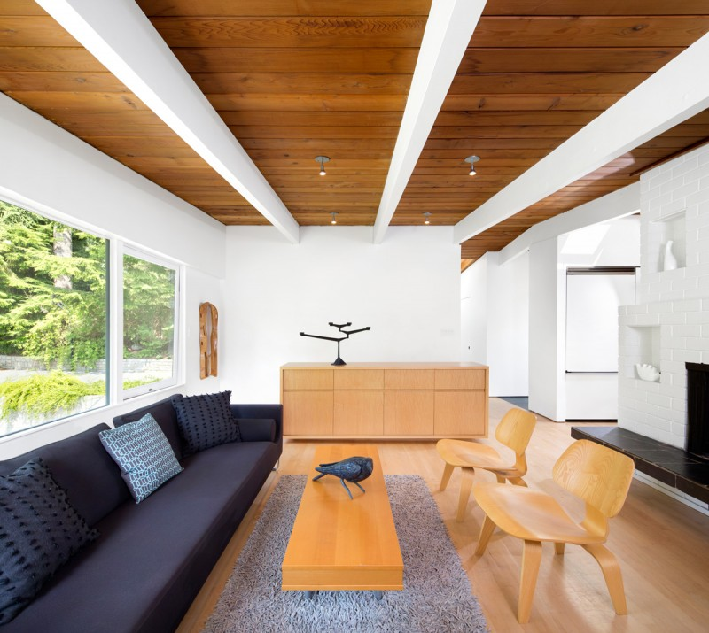 This 1950s Post And Beam House In Vancouver Gets A