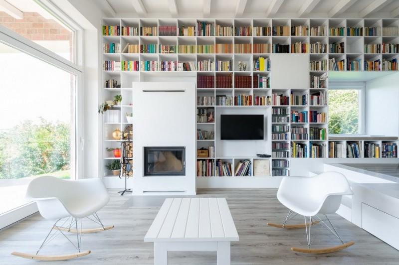 White Bookshelf 240115 02