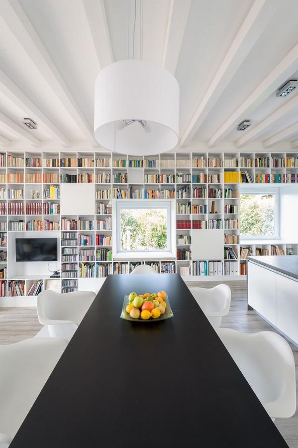 white_bookshelf_240115_04