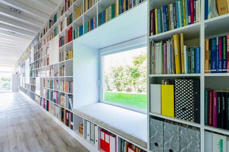 white_bookshelf_240115_05