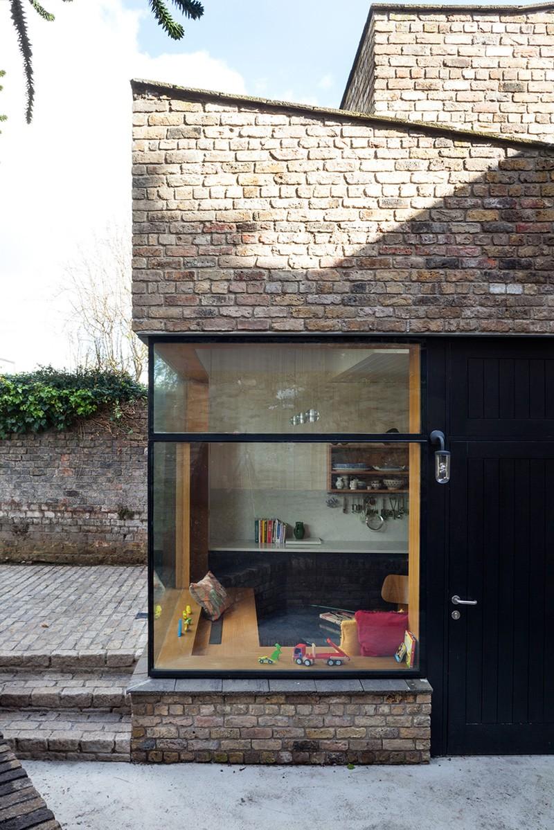 contemporary-brick-addition_060215_02