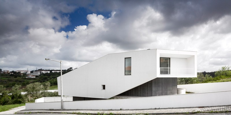 contemporary-house-portugal_270215_02