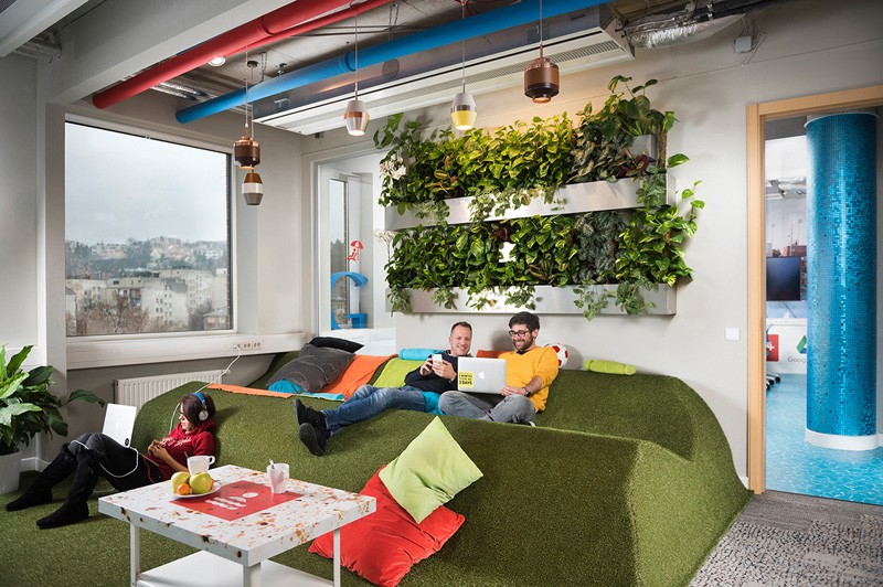 The google office in budapest by graphasel design studio for Design apartment 2 budapest