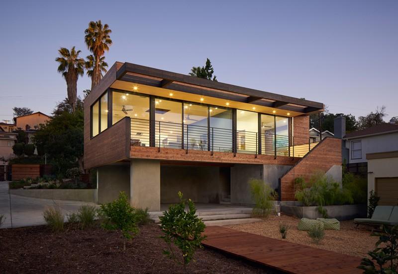 Martin Fenlon Designs A Contemporary Addition For A House in Los Angeles