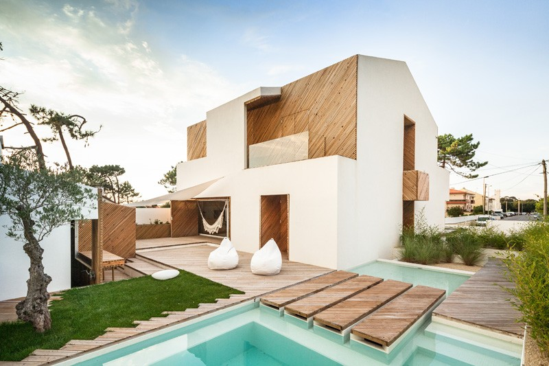 modern-house-portugal-270215_01