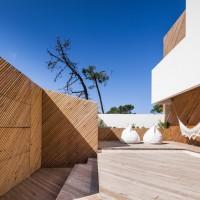 modern-house-portugal-270215_13