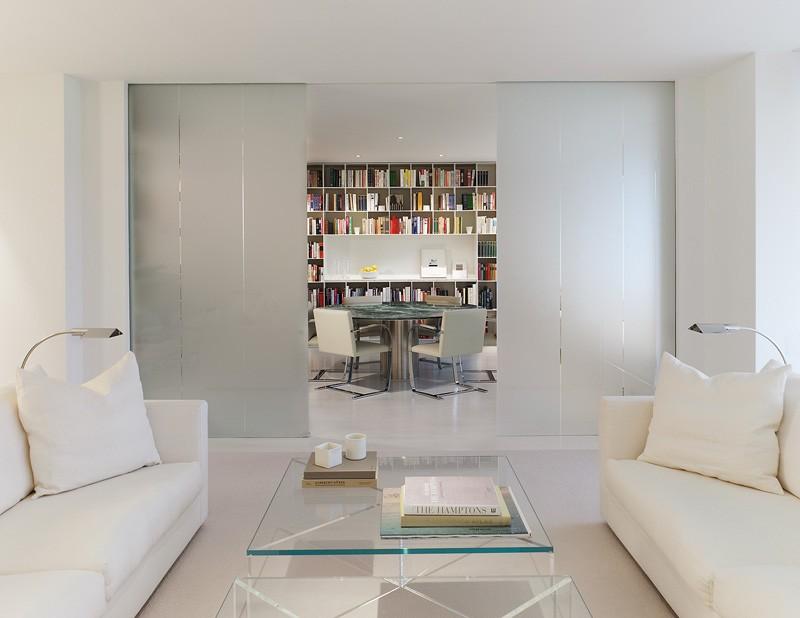 طراحی داخلی آپارتمان به رنگ سفید