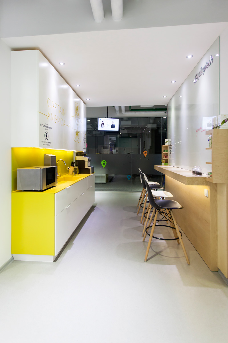 So 110215 15 contemporist for Small office interior design images