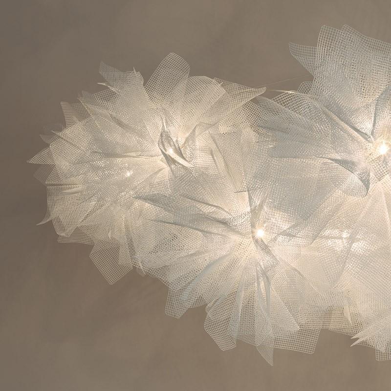 Flou by Arturo Álvarez