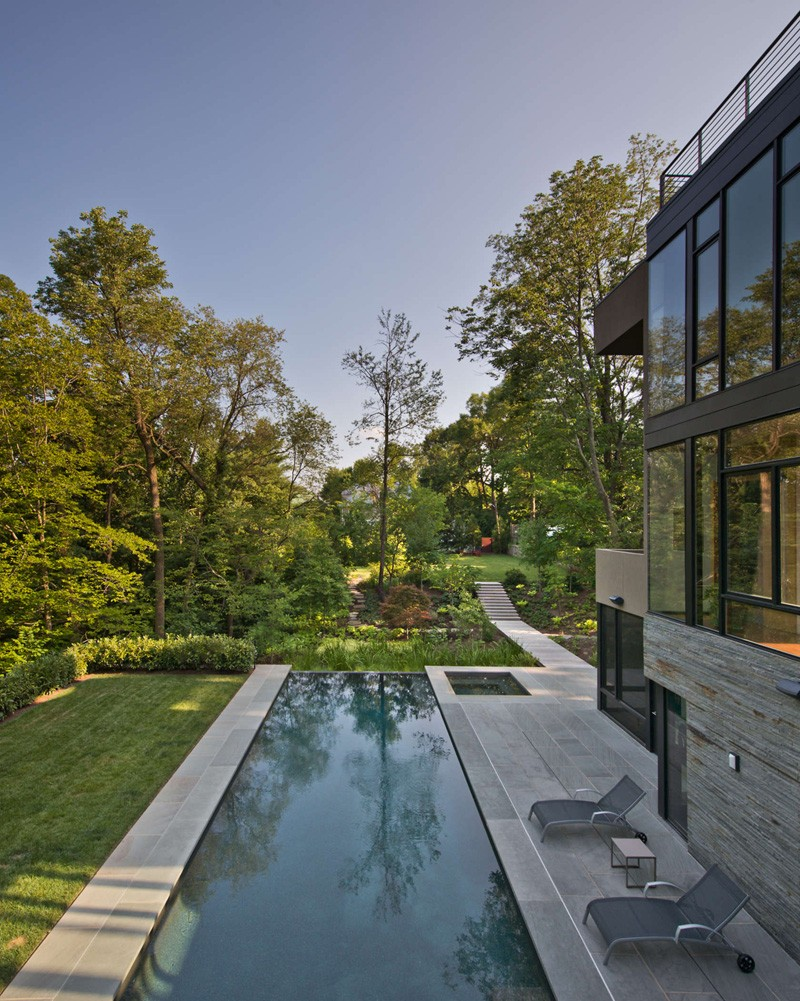 Brandywine House By Robert M. Gurney